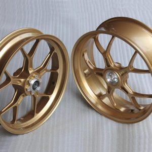 PVM 5-Y-Speichen Schmiederäder, 3.50 x 17 vorne, 5.0 x 17 hinten